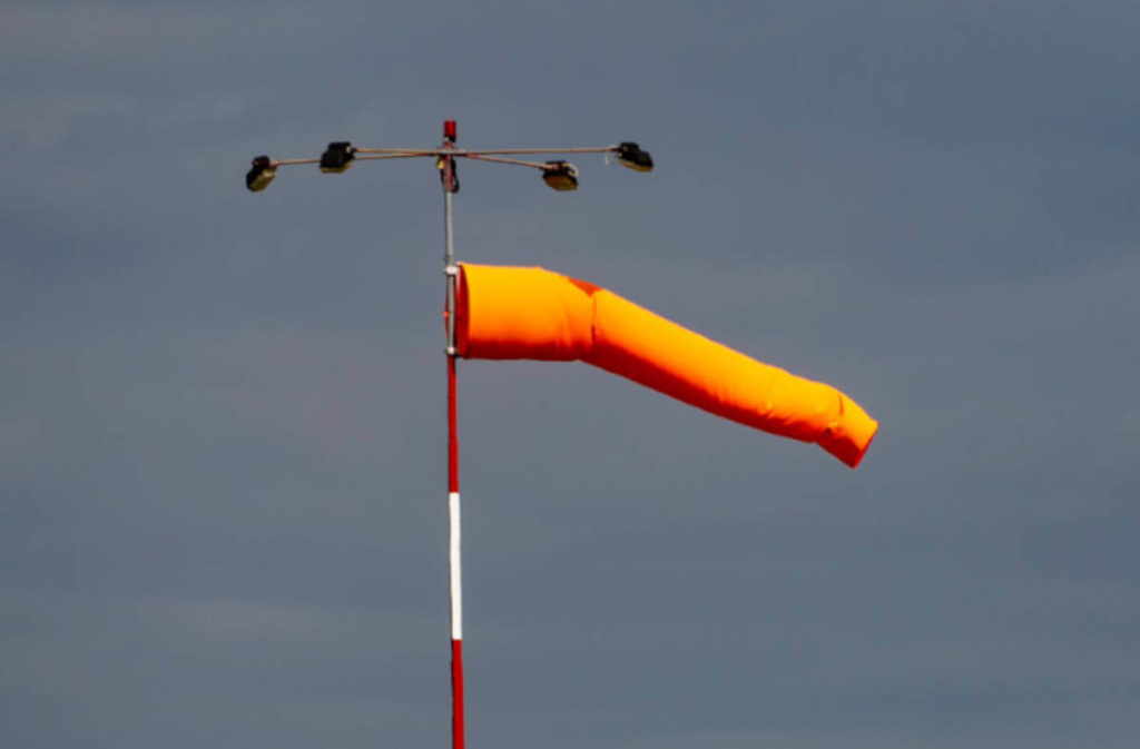 Trampolin gegen Sturm sichern - So geht's